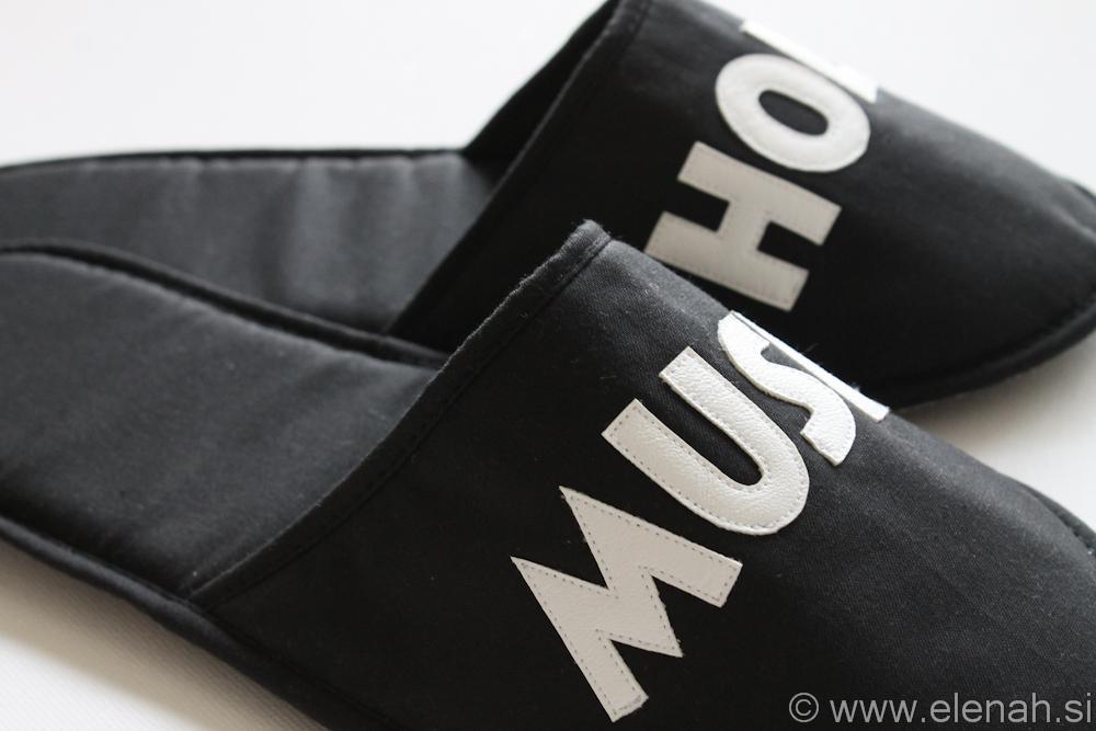 Copatki 28 moški črno beli musicholic Slippers mens black white musicholic 4