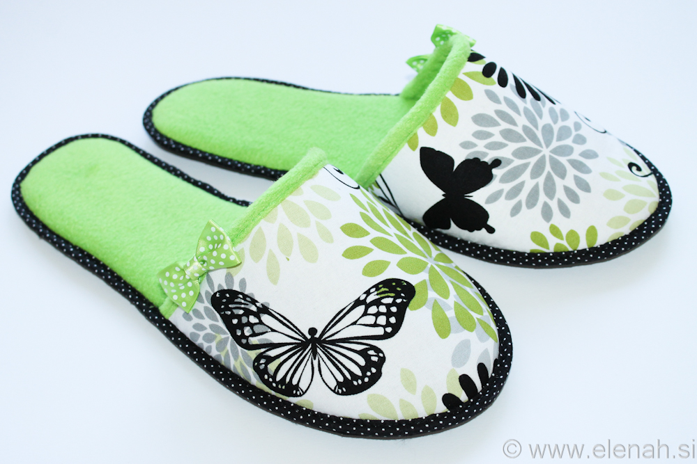 Copatki pike metulji zeleni flis Slippers dots butterflies green fleece 3