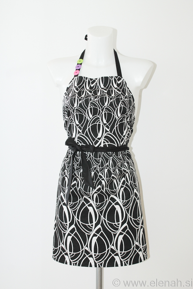 Day 125 - black white apron 1