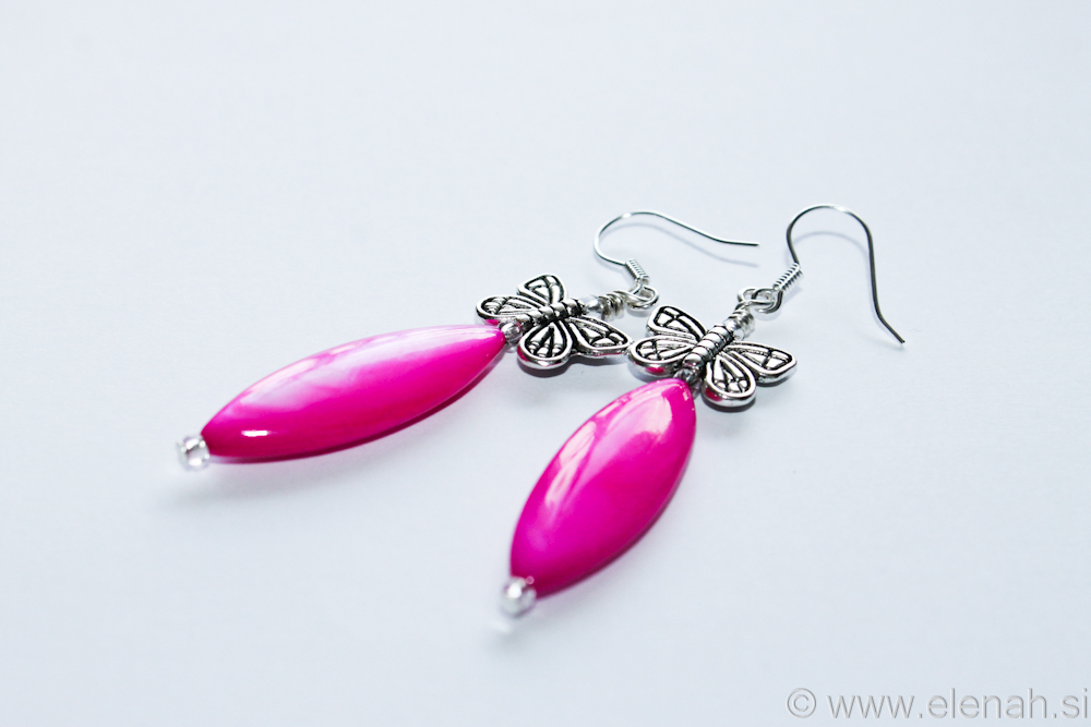 Day 330 butterfl pink shell earrings 3