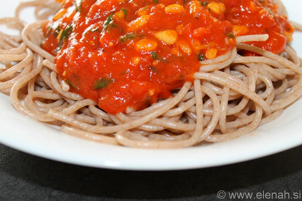 Day 79 špageti s poradižnikom in pinjolami 2