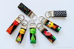 Elenah mini trakovi obeski za ključe muce barve ročno delo handmade key fob cats colors