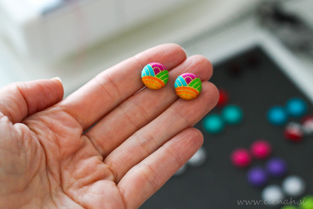 Uhani mavrica barve pisani ročno delo Elenah blago earrings handmade rainbow colors fabric