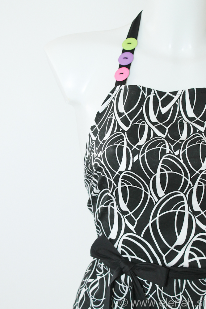 Day 125 - black white apron 2