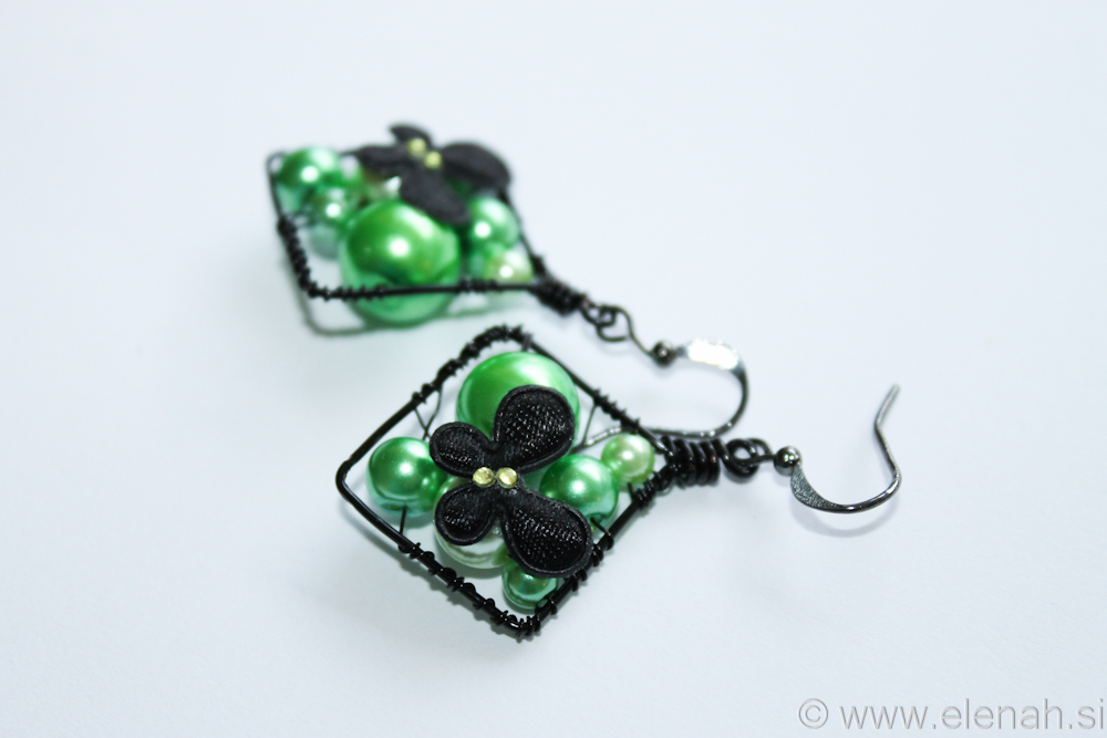Day 328 butterfly green earrings glass pearls 2