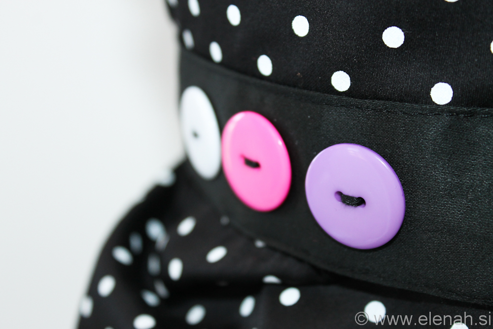 Day 86 apron polka dot white pink purple buttons 3
