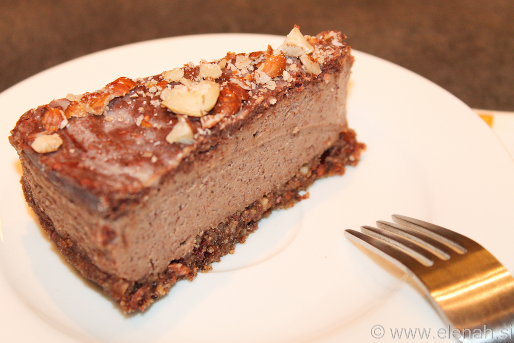 Day 9 raw chocolate hazelnut cake 4
