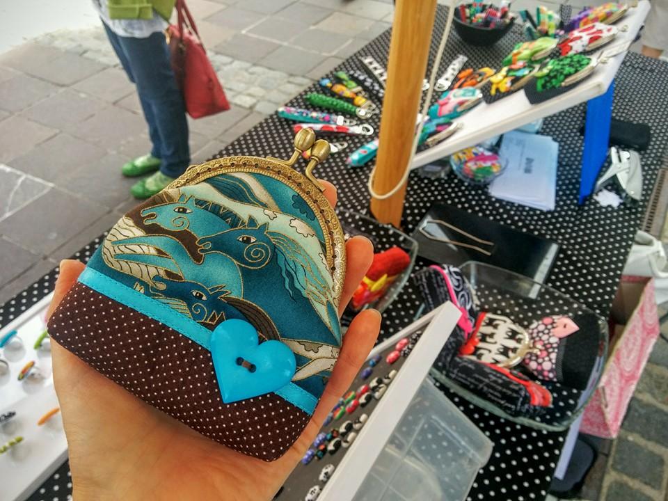 Elenah ročno delo drobižnica konji pike turkizna purse frame handmade owl dots turquise